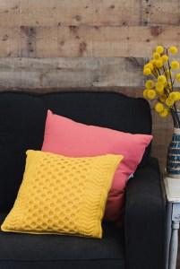 The Pineapple Tunisian Pillow Sumayyah C uncinetto tunisino cuscini