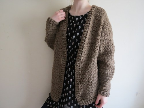 Slouchy Cardigan di Carrie M. Chambers