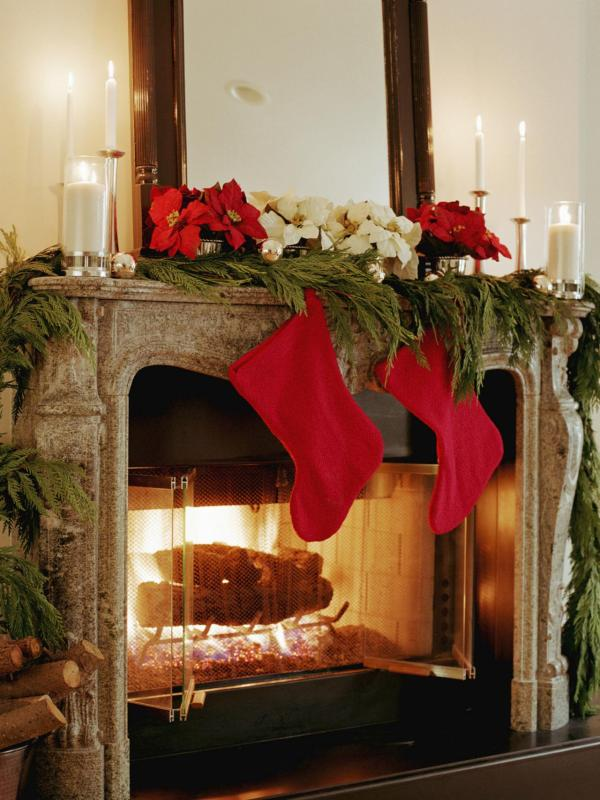 Fireplace Mantel Christmas Decorations
