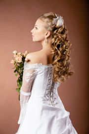 long curls hairstyles weddings