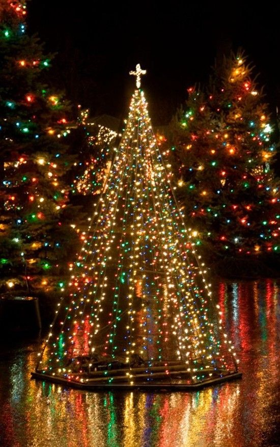 25 Amazing Outdoor Christmas Tree Decorations Ideas MagMent