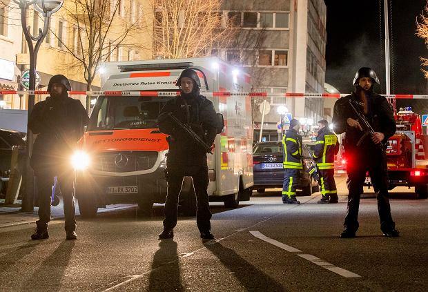 Znalezione obrazy dla zapytania: atak na bar w hanou zdjecia