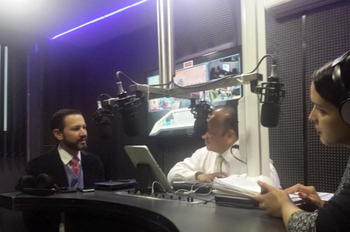 En vivo por Noticieros 7 Radio por magnetica 107.1 Fm con el Comisiinado de la CEGAIP Alejandro Laguente Torres