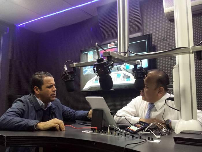 En vivo por Noticieros 7 Radio por Magnética 107.1Fm en entrevista Xavier Azuara Zúñiga Presidente Estatal del PAN.