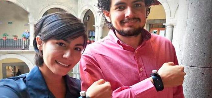 Mexicano-crea-pulsera-guía-para-personas-con-discapacidad-visual