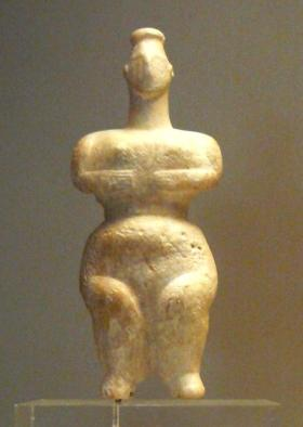 Neolithic marble figurine from Sparta, Southern Greece. The polos on her head indicates that she was probably a goddess. From the 6th millennium BCE. National Archaeological Museum of Athens, Greece. Photo by Harita Meenee.