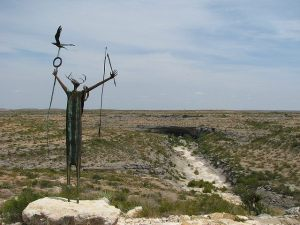 httpfoter.comphotoindian-shaman-statue-overlooking-seminole-canyon-in-west-texas-seminolecanyon006xy