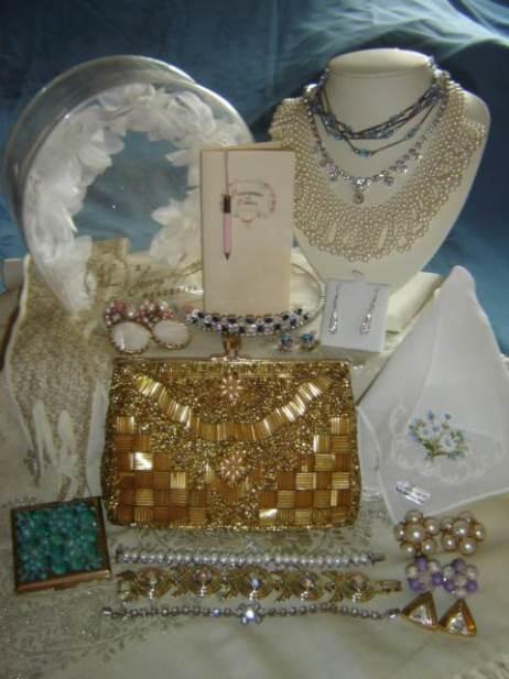Vintage wedding accessories: Truly Vintage UK