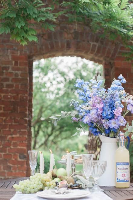blue wedding styling ideas