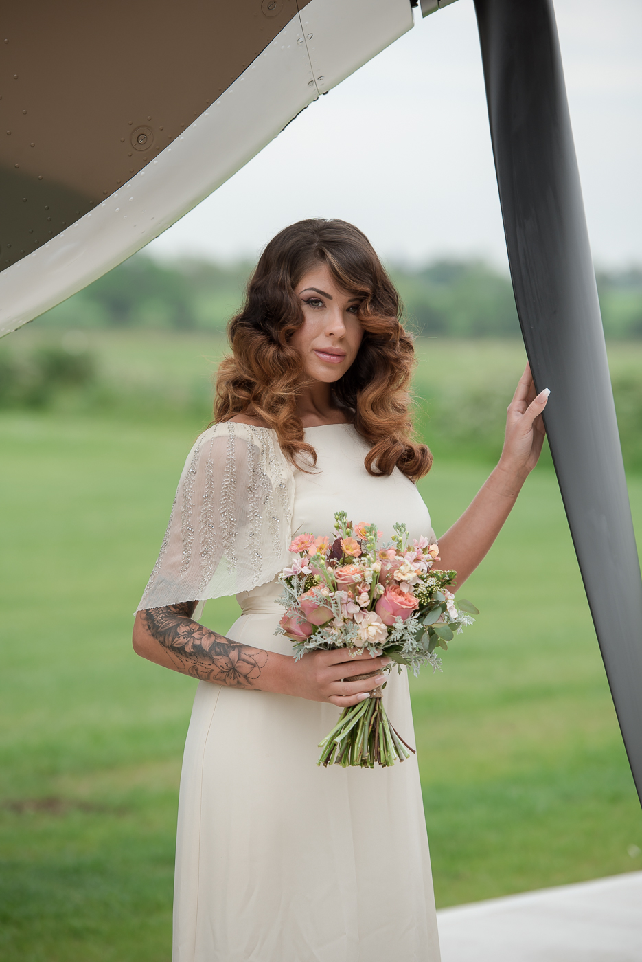 Vintage 1940s wedding style with a contemporary twist and a