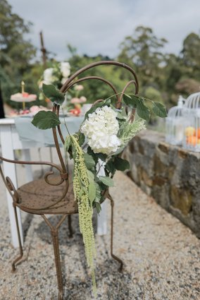 Romance isn't dead - A blossoming tale of love set in an Australian Countryside