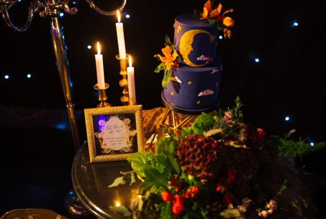 Alternative 1920's Wedding Inspiration with Celestial Blue Wedding Cake