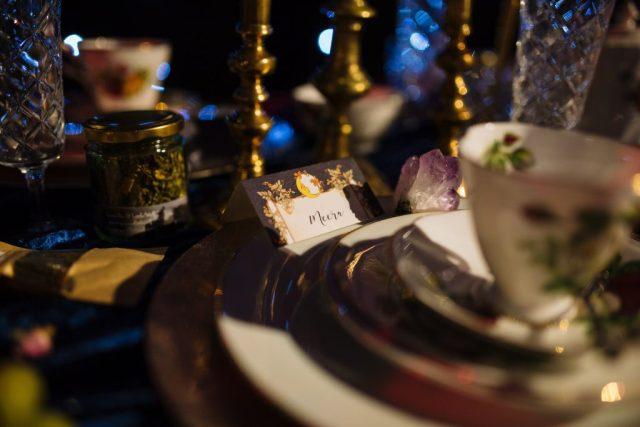 Alternative 1920's Wedding Inspiration with Celestial Blue Wedding Cake