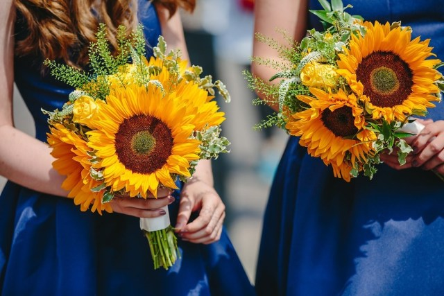 Sunflowers Ethical Weddings - 10 things to consider when choosing ethical flowers