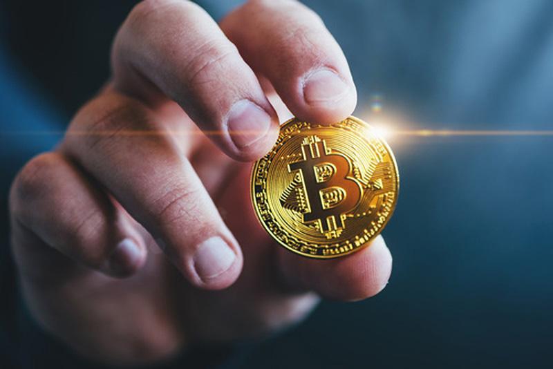 how to market your blockchain company