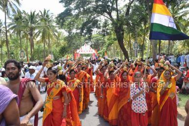 Acharya-Vardhamansagarji-Maharaj-Mangala-Pravesha-Shravanabelagola-Bahubali-Mahamasthakabhisheka-Mahamastakabhisheka-2018-009