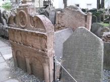 maharals_tomb-prague1