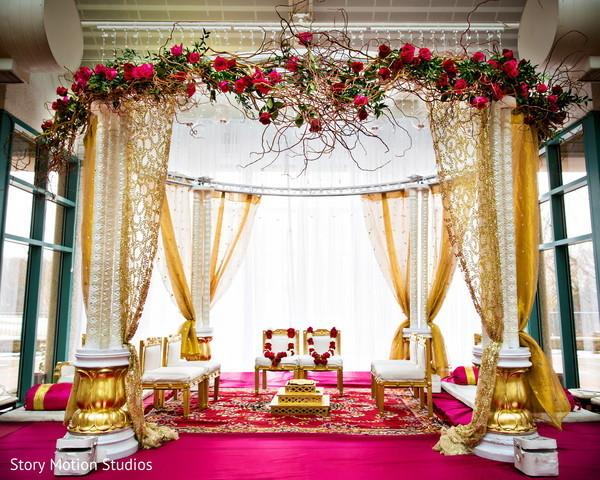 12 Incredibly Luxurious Indoor Mandaps Maharani Weddings