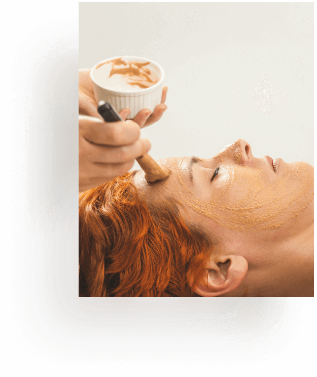 Masaje facial ayurvédico
