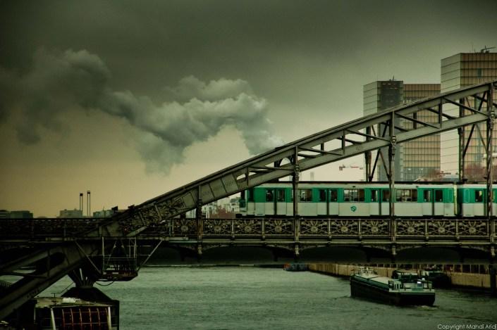Metro - Street photography