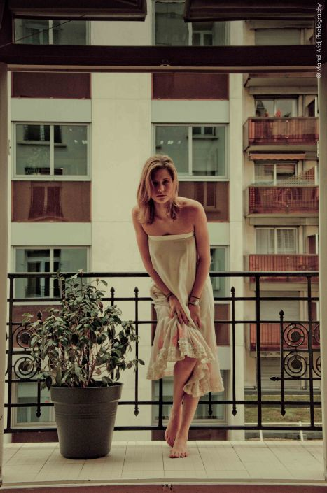 Justine photographe paris - Photo sur balcon
