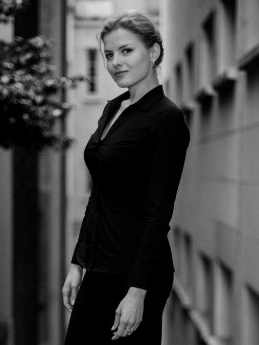 Kateryna photo black and white