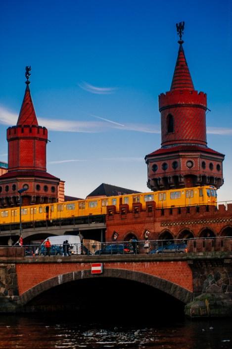 U- Bahn - Oberbaumbrücke - Warschauer Straße / Warschauer Strasse - Berlin