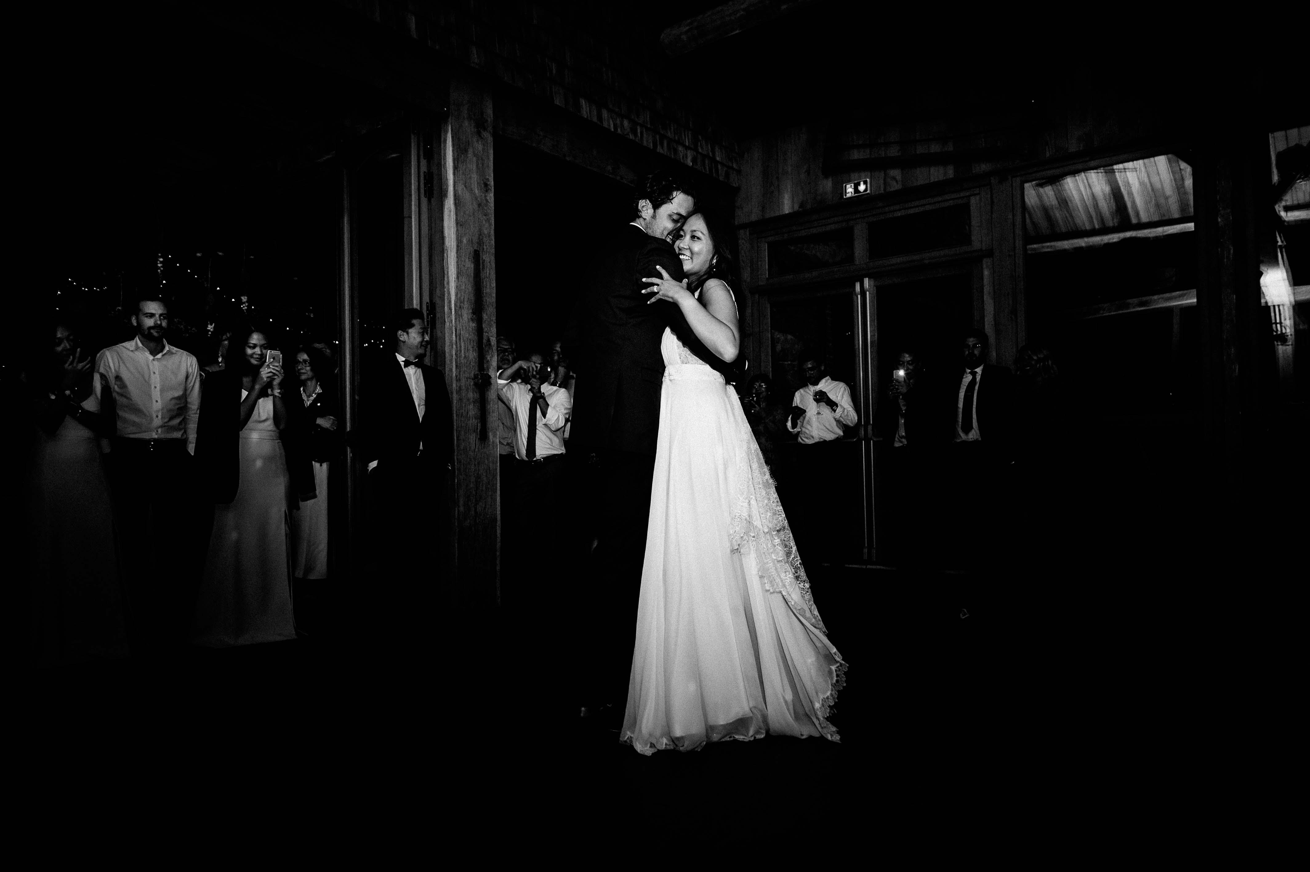 Photographe de mariage en Dordogne au domaine d'Essendiéras - Wedding photographer at Château du domaine d'Essendieras in Dordogne