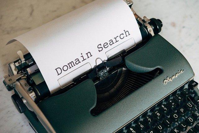 domain-5243252_640