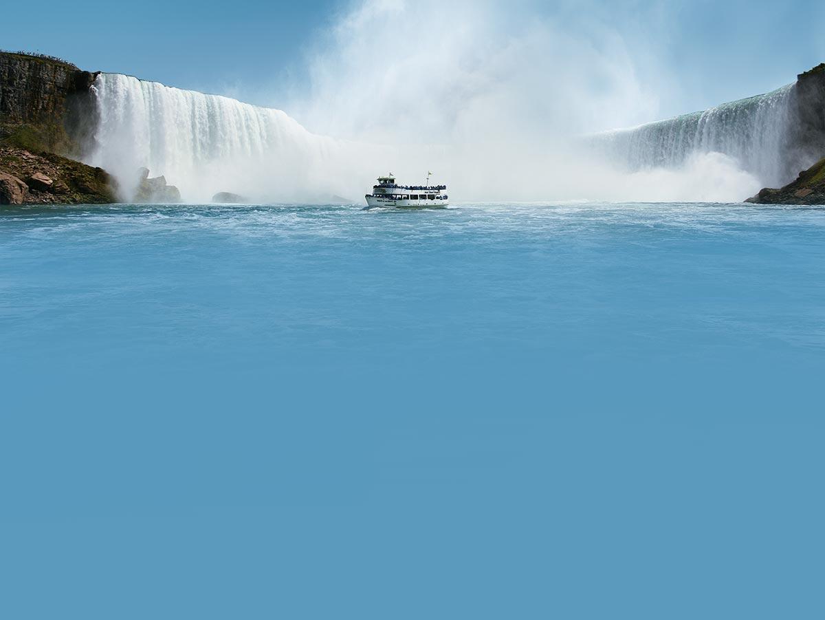 Niagara Falls Canada Boat