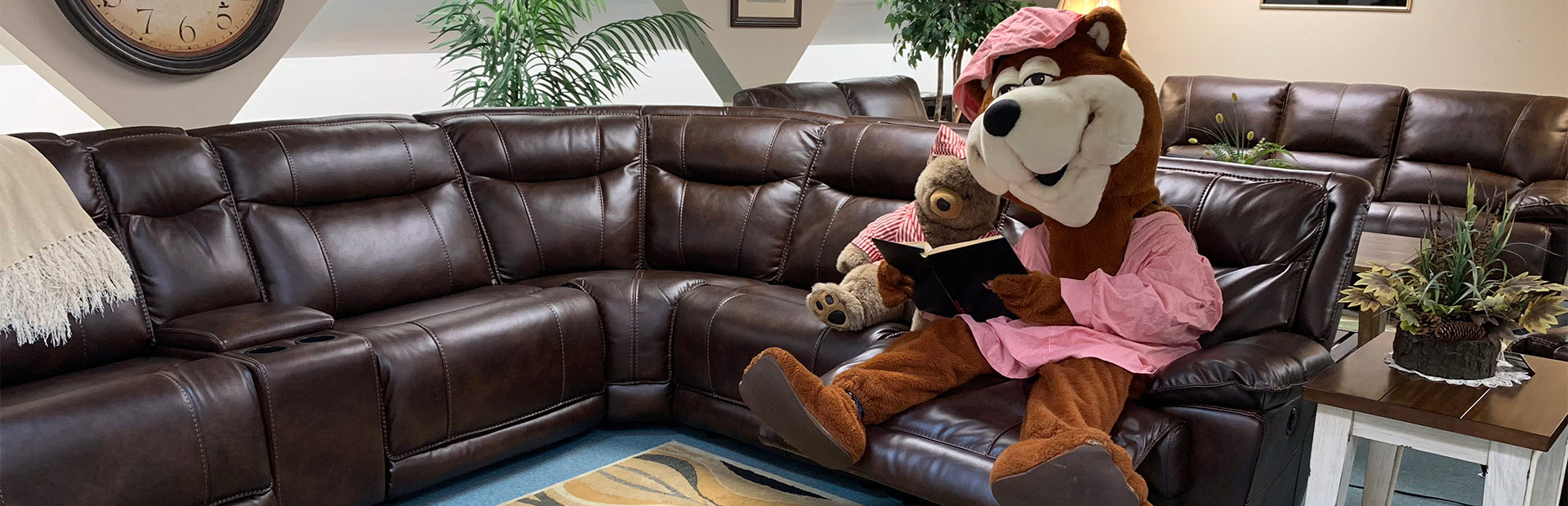 furniture stores living room industrial design maine discount store tuffy bear located in glenburn