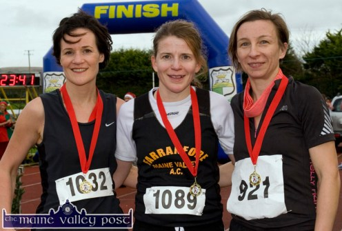 The 2013 women's race was won by Caitriona Barry, Farranfore Maine Valley (centre) with Elaine O'Keeffe, Athea in second place and Barbara Podraza, An Riocht AC in third. ©Photograph: John Reidy 8-12-2013