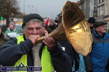 Giving it Holly: Michael O'Leary from Newmarket laying it on the line for his fellow marchers at the Right2Water protest march in Castleisland on Saturday afternoon. ©Photograph: John Reidy