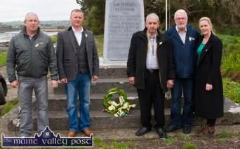 Séamus Nagle, Castlemaine (centre) pictured after he placed a wreath on the monument with: John Buckley, Sinn Féin Árd Comhairle; Cllr. Damian Quigg, Mr. Nagle, Martin Ferris, TD and Cllr. Toireasa Ferris at the Ballykissane Pier Tragedy 99th anniversary commemoration on Saturday . ©Photograph: John Reidy