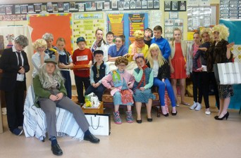 The All-Star cast of Mrs Brown made up of pupils from fifth and sixth class at Kilmurry National School.