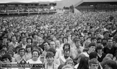 There's a Currow face in the estimated crowd of 13,000 people who flocked to Austin Stack Park to see James Last and his orchestra during the 1983 Rose of Tralee Festival. ©Photograph: John Reidy 28-8-1983