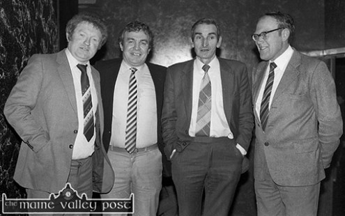 Celebrating the All-Ireland Club Football Championship win at Woodies Hotel were from left: Laurence Curtin, Dr. Dave Geaney, team, manager; ––––––––-? and Michael O'Connell. ©Photograph: John Reidy 29-3-1985.
