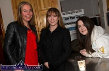 Handed Down compere, Emma O'Leary (left) with the McAuliffe sisters from the UK, Órlaith and Brogan before the start of the opening night of the Handed Down Series II at Scartaglin Heritage Centre. ©Photograph: John Reidy 10-10-2015