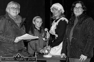 Ballymacelligott Drama Group members: Ita O'Brien (left) pictured with: Abby Leahy and her mom, Catherine and Siobhán O'Connor during their rehearsals for the coming weekend's staging of 'Off the Hook' at the Ivy Leaf Theatre in Castleisland. ©Photograph: John Reidy