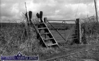 A typical piece of railway furniture - though this gate is missing its cast iron plate. ©Photograph: John Reidy 12-6-1982