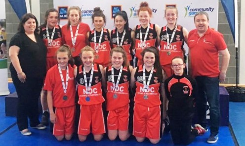 The U-16 Girls Silver Medalists. Front: Emma Kerin, Abbie Mahony, Rachel O Sullivan, Alex Sheehan and Zara O'Connor. Back Bríd Kenny, Katie O'Connor, Grainne Walsh, Abbie Brosnan, Jane Lawor, Aoife Kerins, Paris McCarthy and Tommy Dom O'Connor.