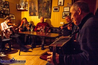 A session in full flight in Scully's Bar Newmarket on a recent Monday night. Included are: Leanora and Denis O'Callaghan, Rockchapel; Timmy O'Connor and Raymond O'Sullivan, Newmarket; Mary Cashman, Kilbrin and Con Herbert, Raheenagh, Co. Limerick. ©Photograph: John Reidy