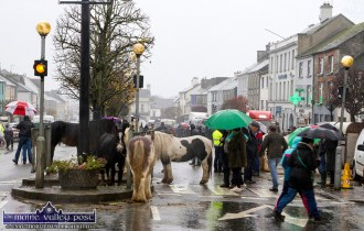 Umbrellas everywhere and only the diehards hanging on at Friday's annual November 1st Horse Fair Day in Castleisland. ©Photograph: John Reidy