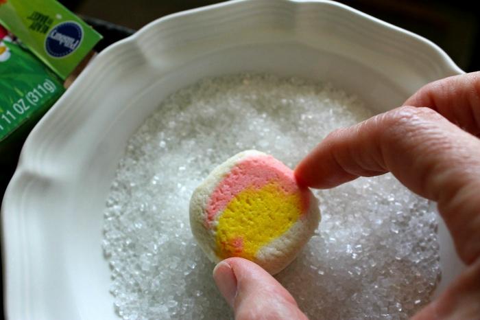 Sugar coating cookie