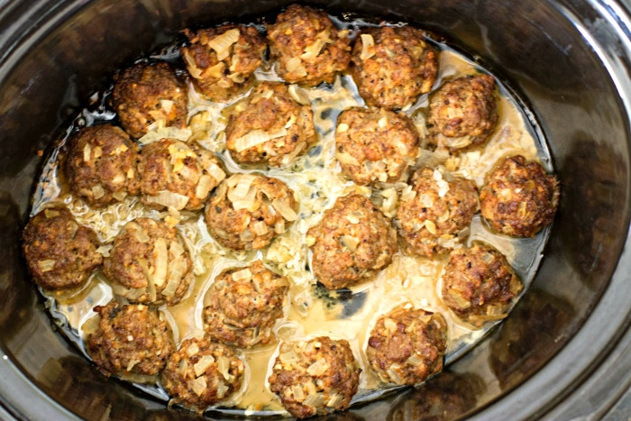 how to make meatballs in slow cooker