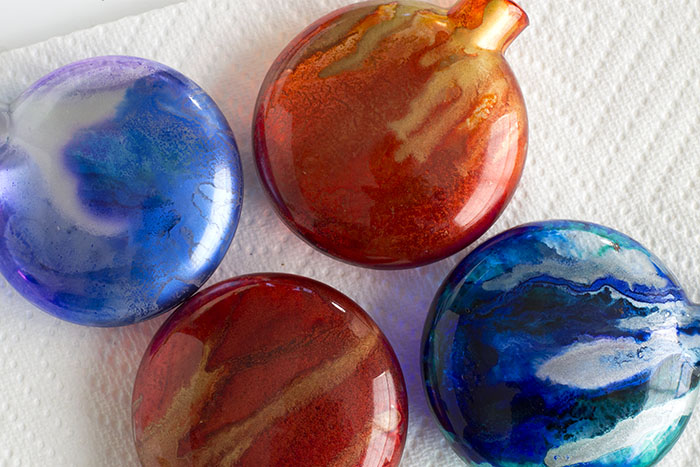 Alcohol Ink Christmas Ornaments.Beautiful Alcohol Ink Christmas Ornament In Minutes