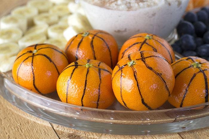 Rice pudding dip with oranges