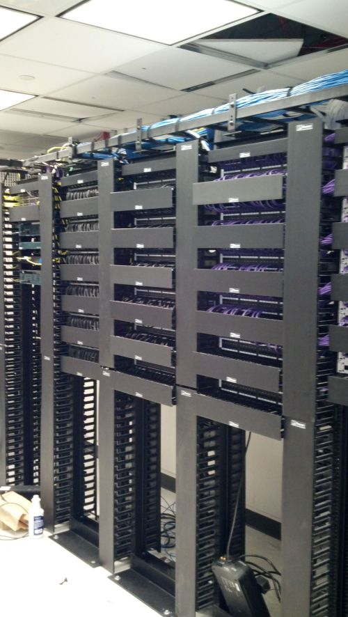 small resolution of data patch panel server room