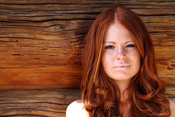 lady with auburn hair