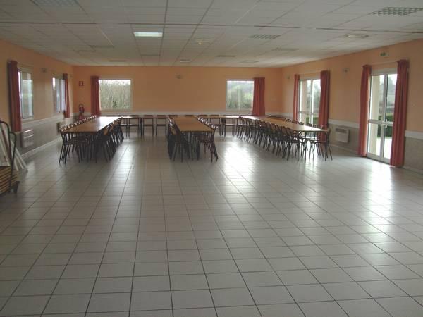 Salle des ftes  Bienvenue  Hardinvast